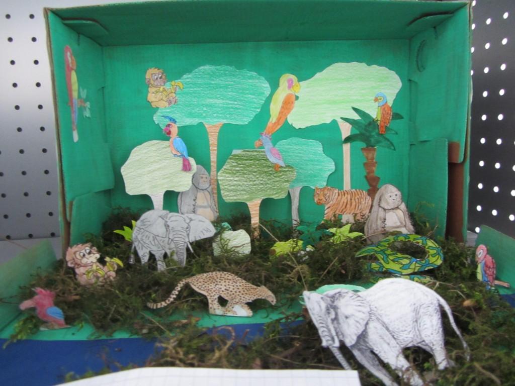 die klasse 8b bastelt den regenwald im schuhkarton. Black Bedroom Furniture Sets. Home Design Ideas